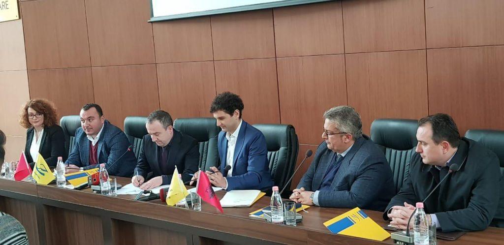 Agjencia e Ofrimit të Shërbimeve Publike të Integruara nënshkruan Marrëveshje Bashkëpunimi me Postën Shqiptare